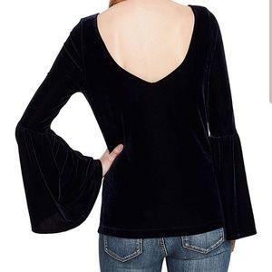 Jessica Simpson Tops - Jessica Simpson Black Velvet Bell Sleeve Top 2X